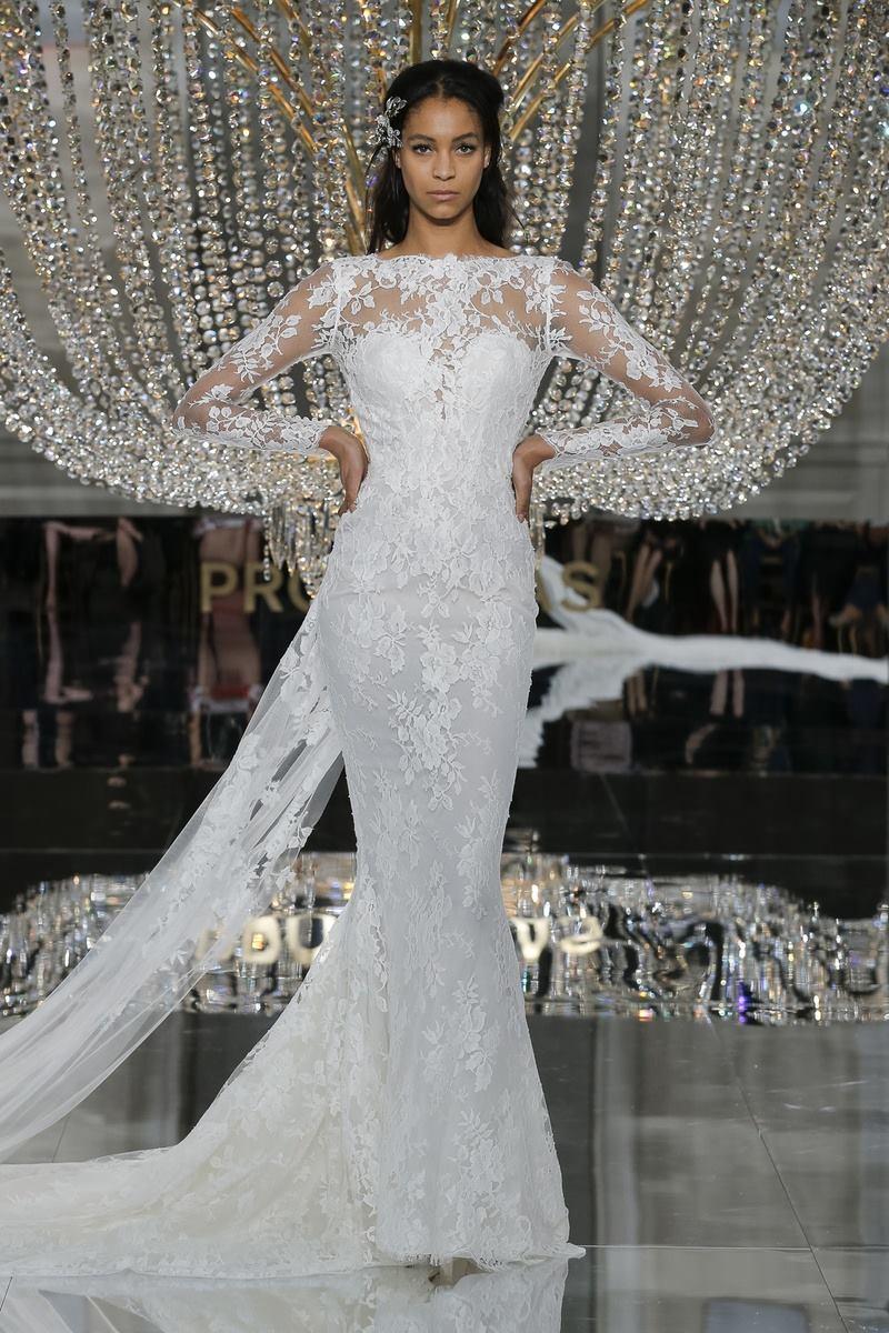 Modele de rochie de mireasa - Rochia sirena - Wedding Consulting by Marian Ionescu