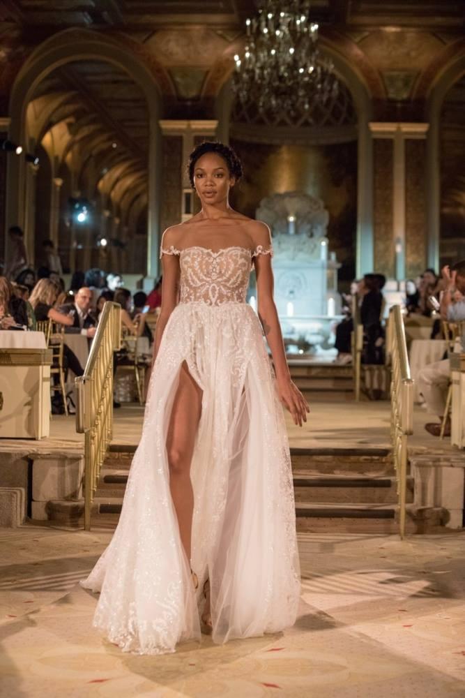 Modele de rochie de mireasa - Rochie dantela - Wedding Consulting by Marian Ionescu