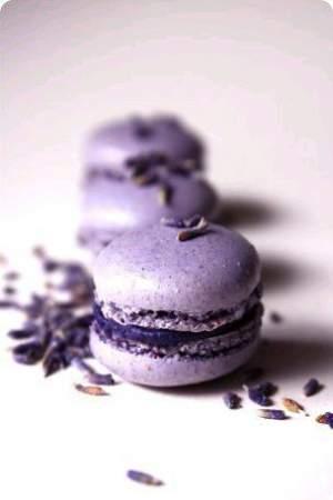 Culoarea anului 2018 - Wedding Consulting - Pantone - macarons