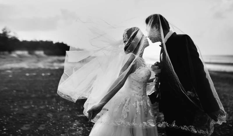 voalul de mireasa - semnificatii - obiceiuri - Wedding Consulting by Marian Ionescu - www.weddingconsulting.ro